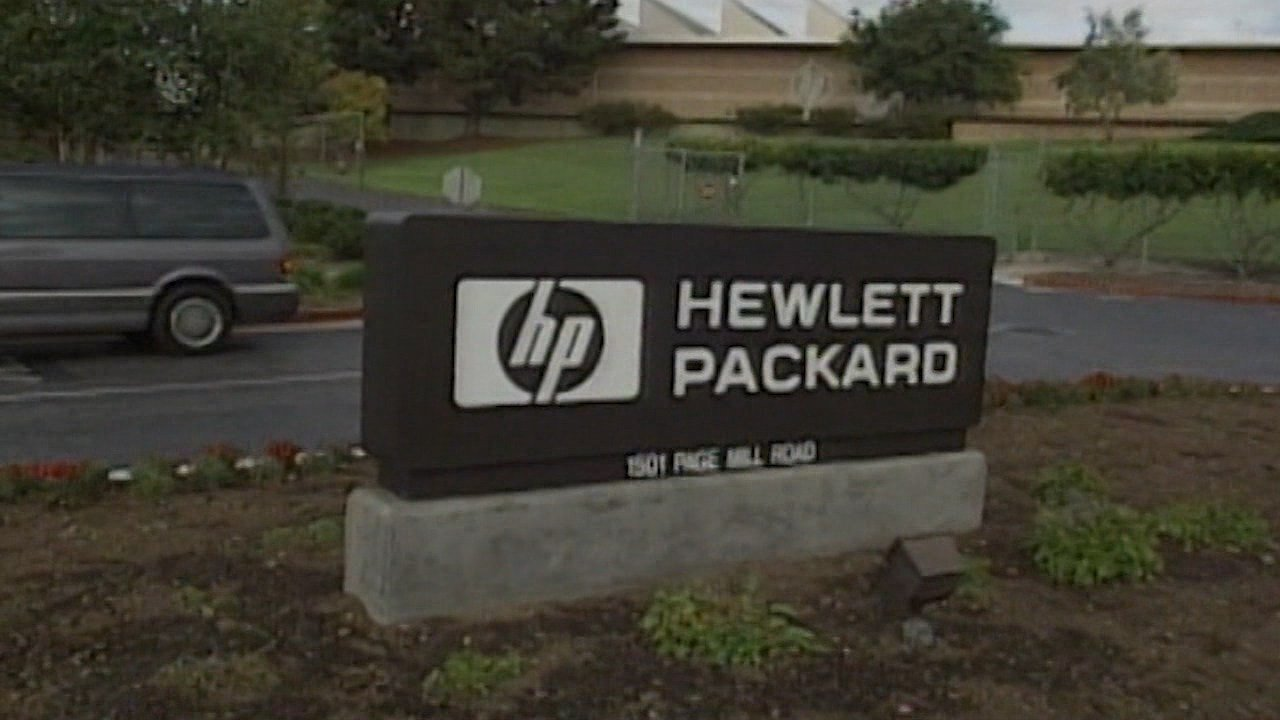 (HPE) Downgraded by Vetr Inc