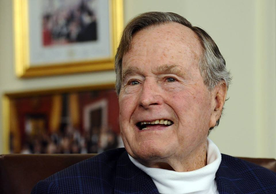 Former President George H.W. Bush back in hospital with pneumonia
