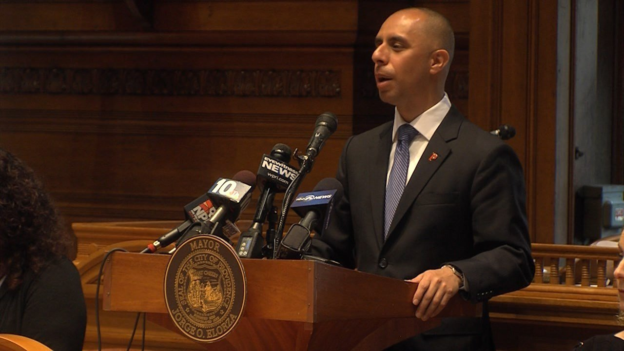 Mayor Elorza unveils $734 million budget proposal