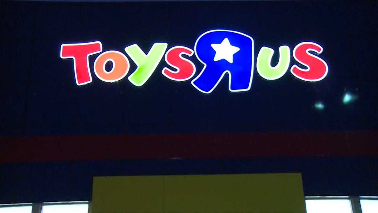 Toys R Us closures impact central Arkansas