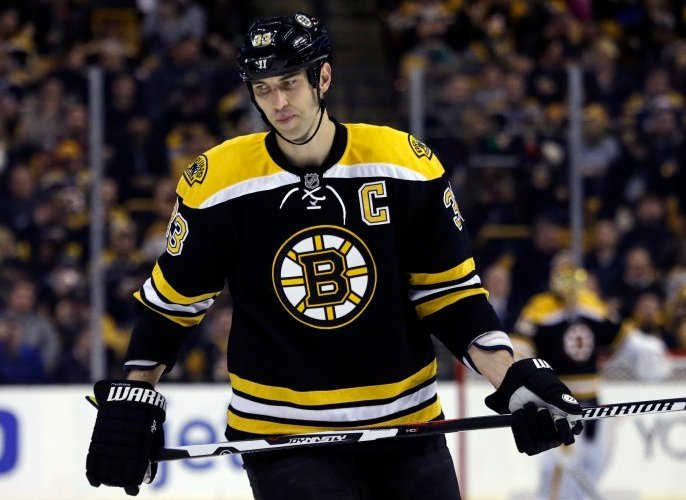 Bruins leap over Lightning for first in East