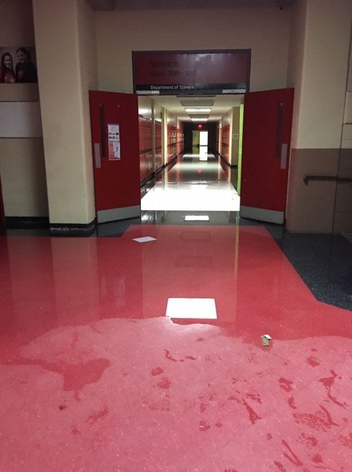 Durfee High School closes after pipe bursts - ABC6 - Providence, RI ...