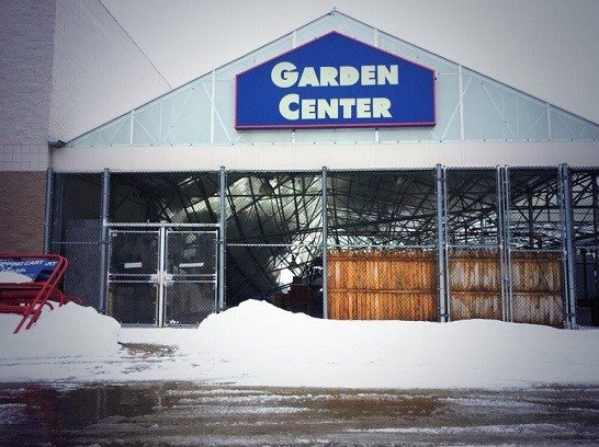 Snow Causes Roof Collapse At Warwick Lowes Abc6