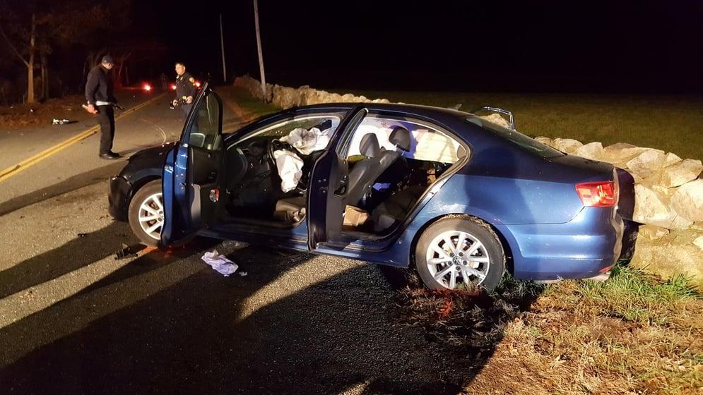 One dead following Dartmouth crash - ABC6 - Providence, RI