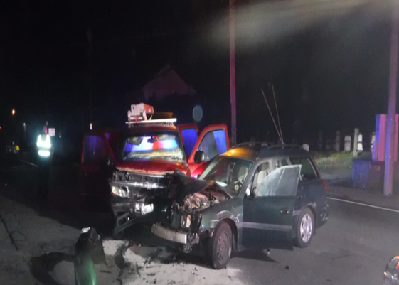 Car accident in Coventry sends three to the hospital - ABC6
