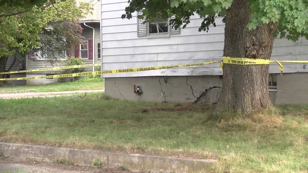 One dead after truck crashes into West Warwick home - ABC6