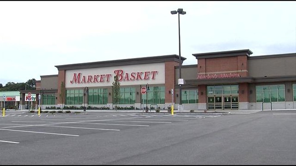 South Attleboro Market Basket hiring, plans to open by