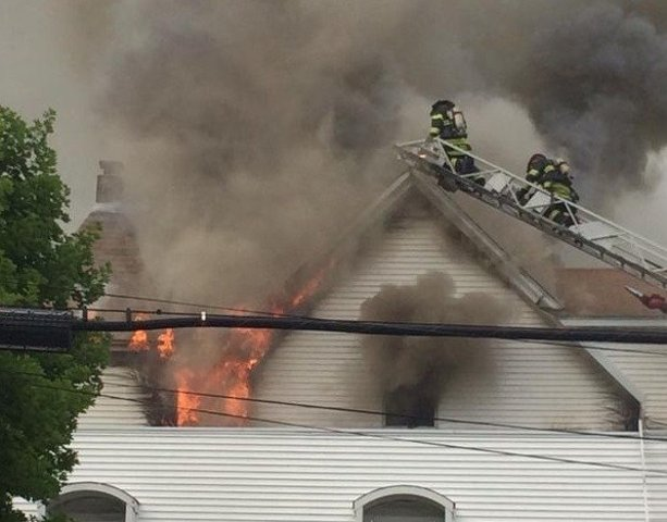 Crews battle 3-alarm fire in Cumberland - ABC6 - Providence, RI and